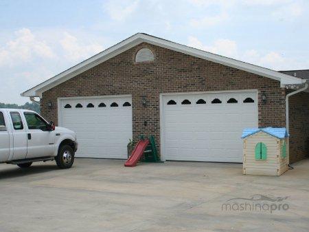 Что необходимо учитывать при строительстве гаража на 2 автомобиля?
