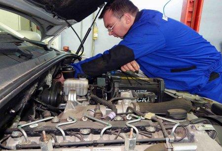 Как наладить работу топливной системы автомобиля в холодное время года?