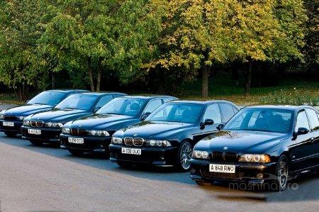 """Что говорят о своих машинах владельцы БМВ """"пятерки""""?"""