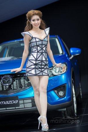 Мазда 3 – самая популярная модель японской корпорации в России. Отличия 3-го поколения модели от предыдущих