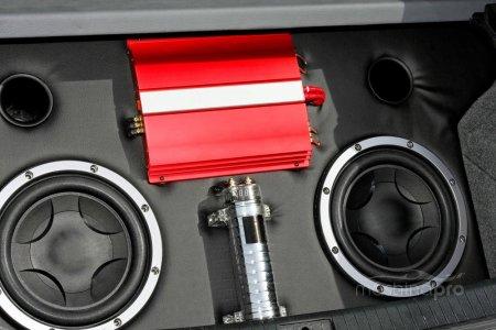 Улучшаем звучание штатной аудиосистемы с помощью усилителя