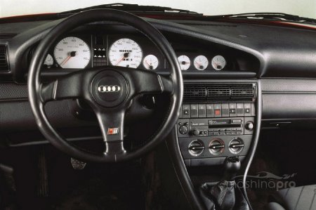 Обзор audi 100. Покупка поддержанного 20-летнего автомобиля: существенная экономия или пустая трата денег?