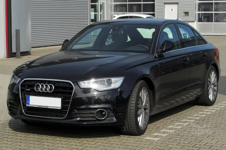 Какое мнение владельцев об автомашине Audi F6?