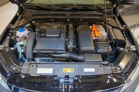 Модифицируем внешний вид седана C-класса от Volkswagen