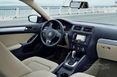 Бюджетный премиум: легкий обзор седана VW Jetta A5