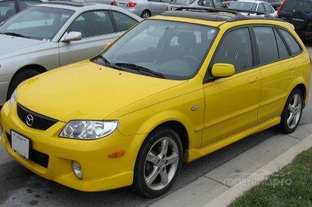 Mazda Demio 2000 - совместная разработка японских инженеров и специалистов компании Форд