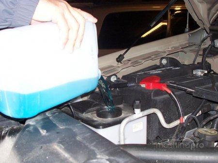 Меняем тосол на Lada 2109: технология и частота проведения работ