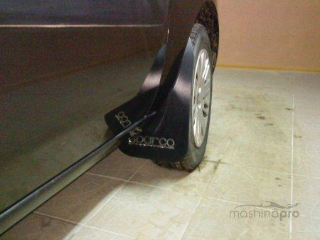 Как делается замена подкрылков и брызговиков на Ford Fusion?