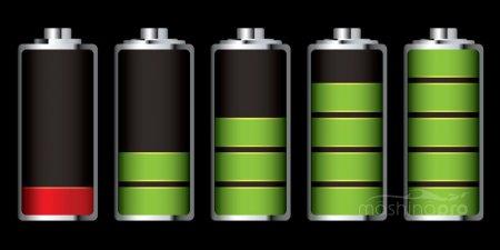 Правильное напряжение на клеммах аккумулятора