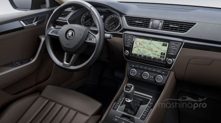 Skoda Superb-что привлекает российских автовладельцев в данном авто