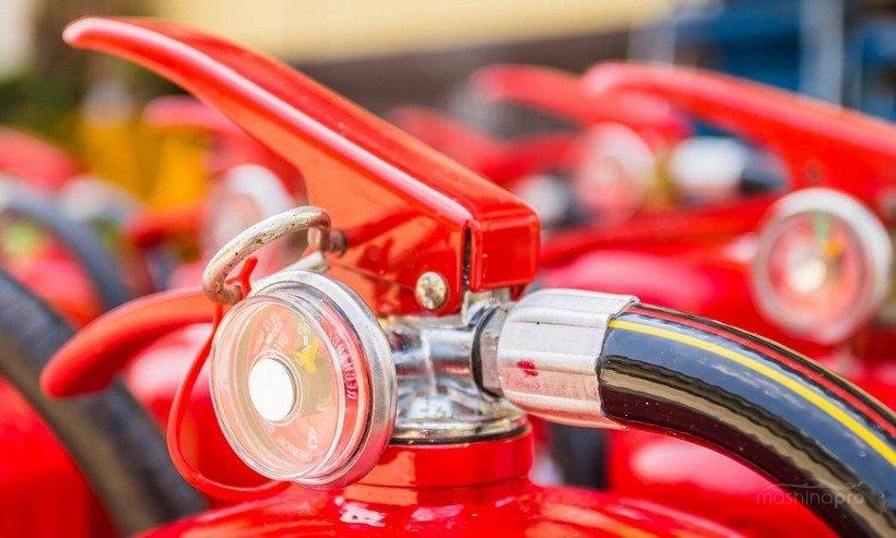 Какой объем огнетушителя 1 литр в машине штраф